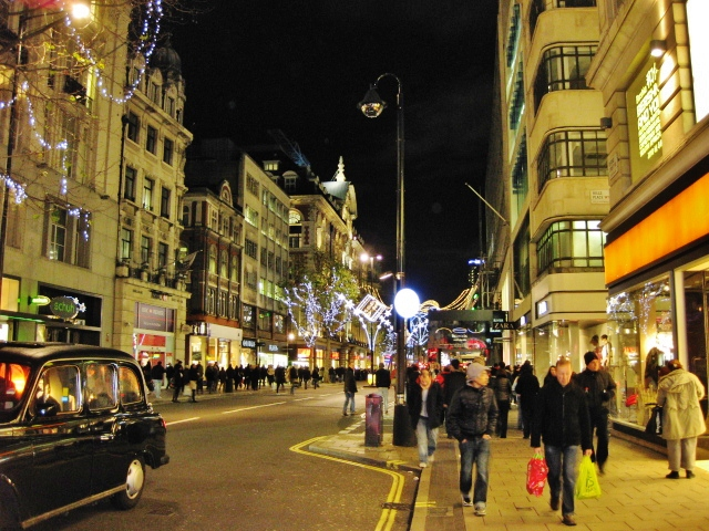 Things To Do In London | Oxford Street