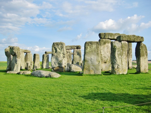 11 Places to Visit in England | Day Trips from London | Stonehenge