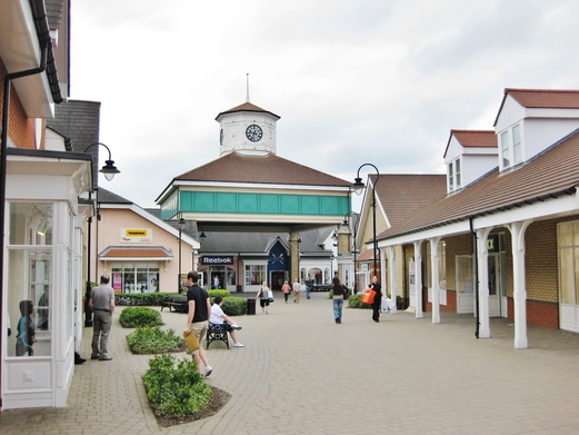 Day Trips from London | Freeport Braintree