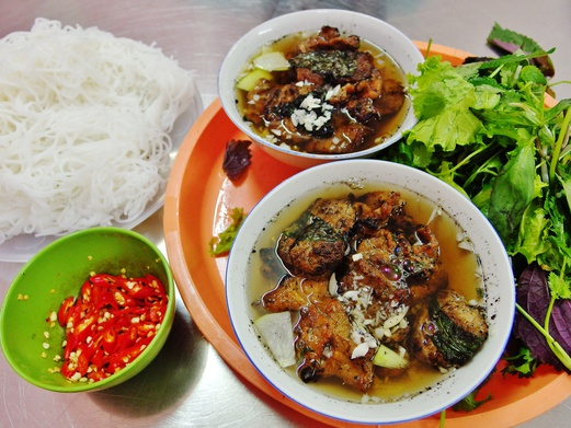 Bun Cha 34 - Delicious grilled pork and rice noodles | Spring Tomorrow