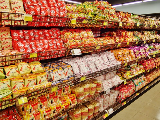 What to buy from Lotte Mart Hanoi at Lotte Center? Here are 15 food-related items. | Spring Tomorrow