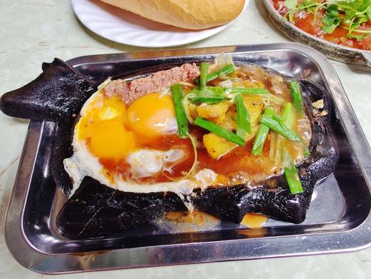 Hanoi Food Guide - 22 Must Try Foods in Hanoi, Vietnam