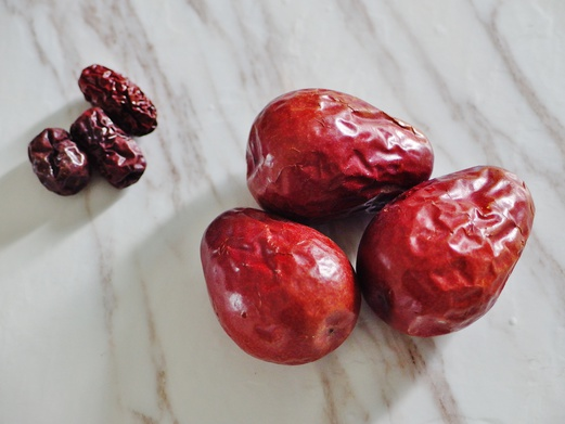 Stuffed Red Dates with Glutinous Rice Cakes