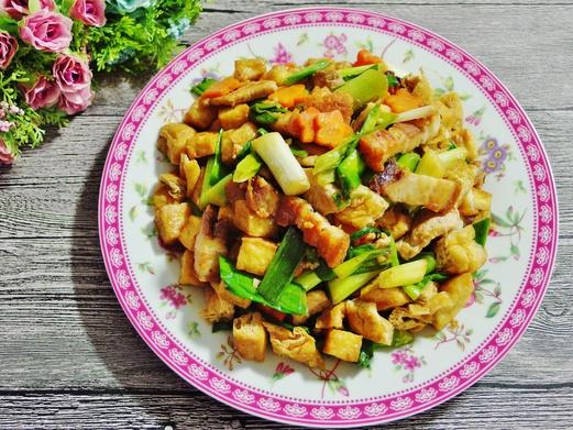Stir Fried Leeks Recipe (with Roast Pork)