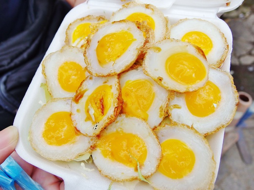 Bangkok Food Guide - What to eat in Bangkok - Fried Quail Eggs