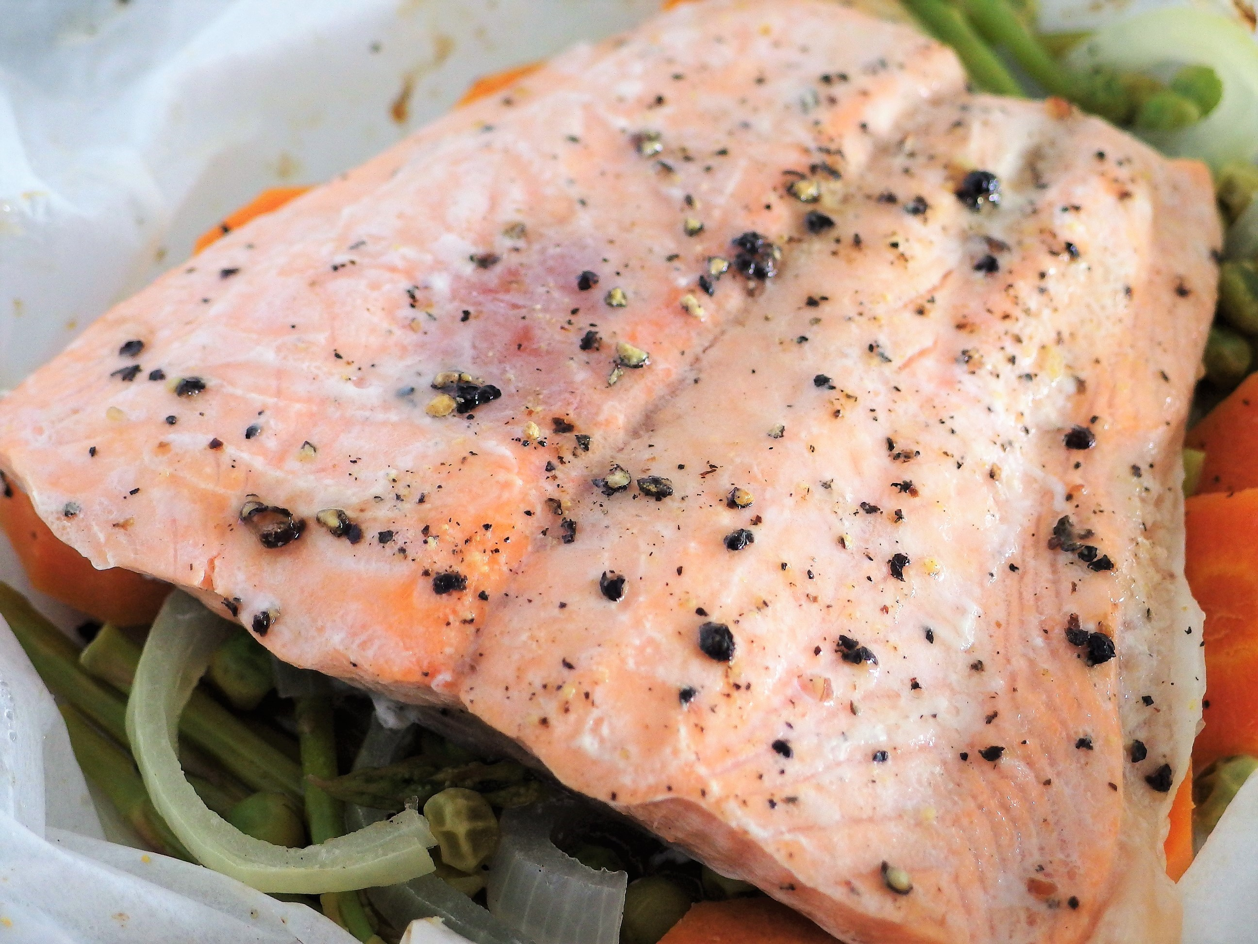 Baked Salmon Parcel Recipe - Quick, Easy & Tasty | Spring ...